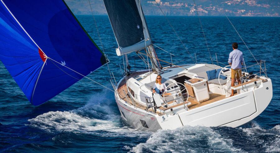 Парусна яхта Oceanis 46.1
